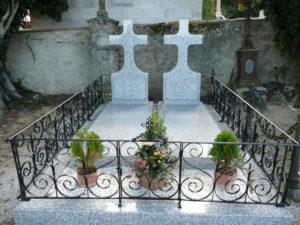 Monument funéraire MT Double